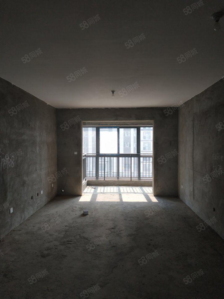 业主急售汇林绿洲毛坯大三房,户型南北直通透,可以分期