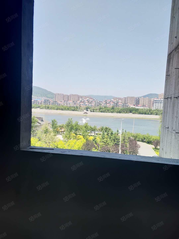 大禹城邦140平28楼5769一平江景房可更名可贷款看房方便