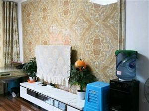 上海路好房出售。。。经典三房。。精装修。。关门卖。。