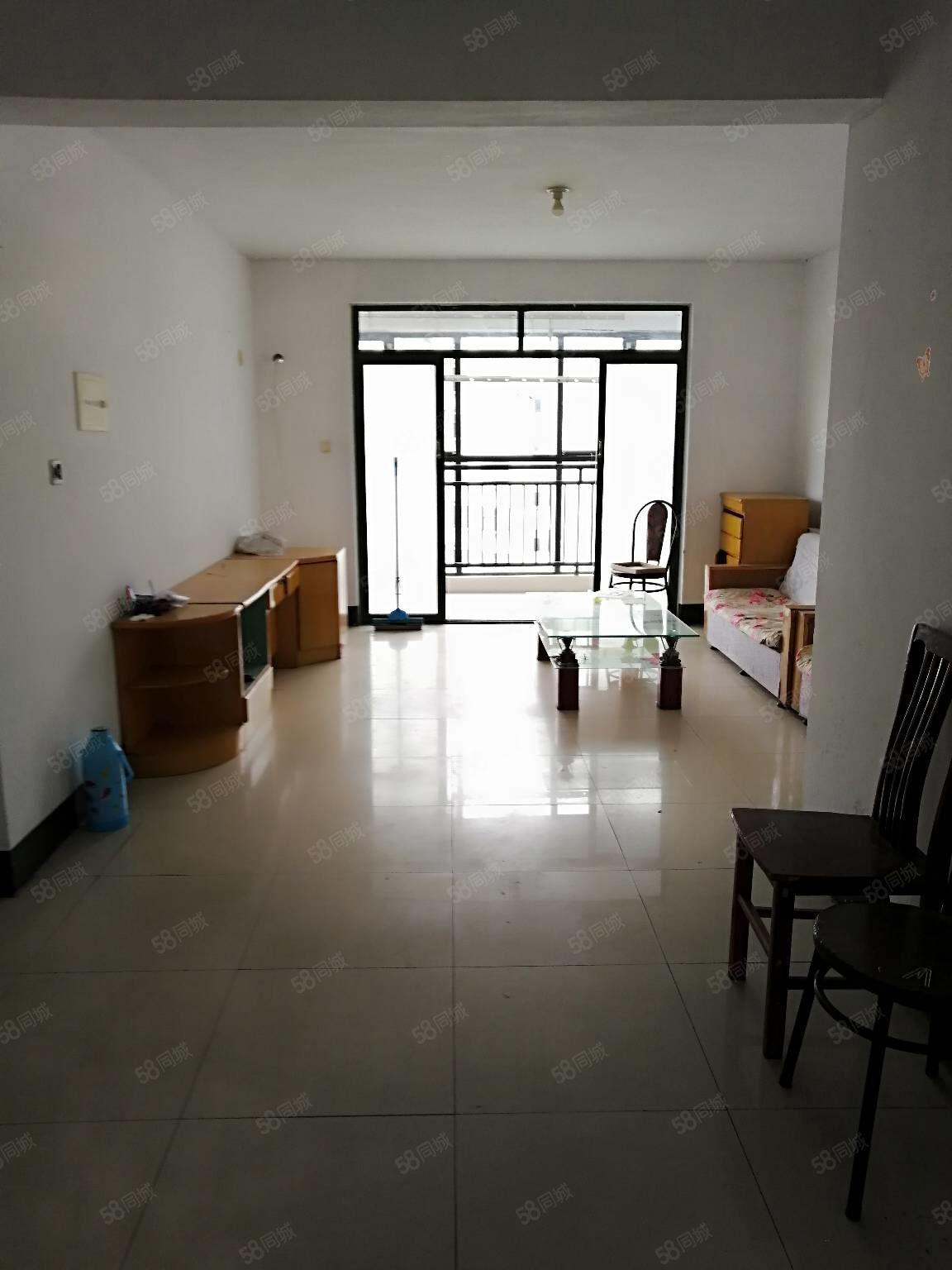 金颐A区三室两厅一卫,简装修可随时看房,多套出租