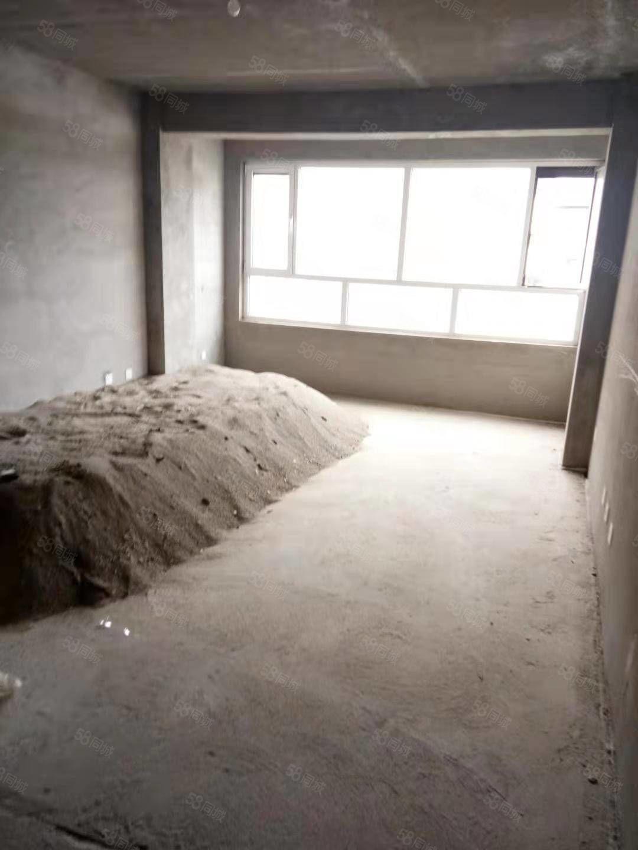 疏勒河家园9楼,121平米,毛坯房,按揭。