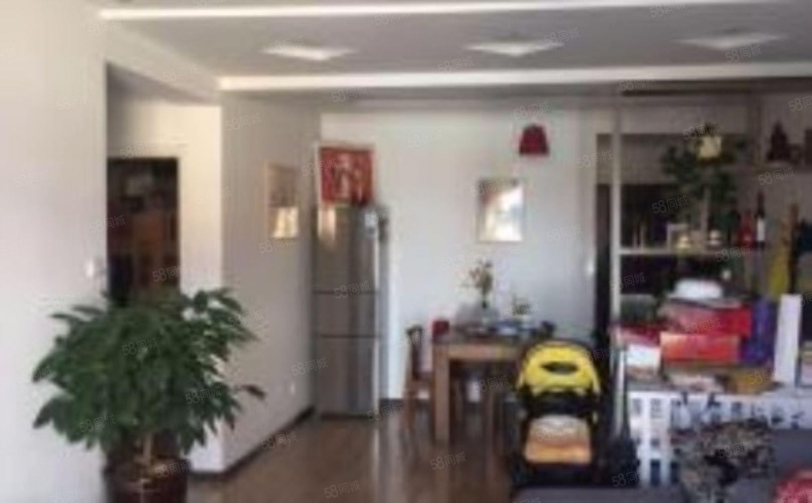 北区新世纪花园精装修带家具家电端头房出售