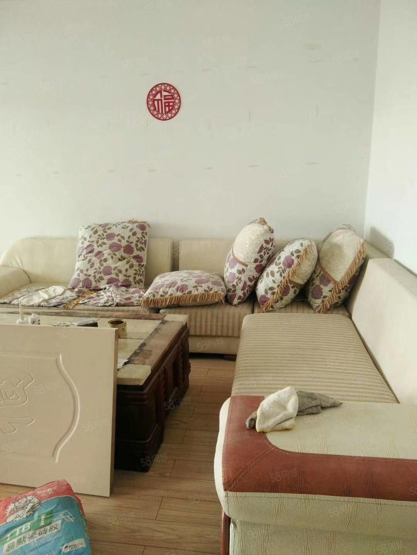 雁门大道天瑞家园有房出租,112平米,高层,一个月1000元
