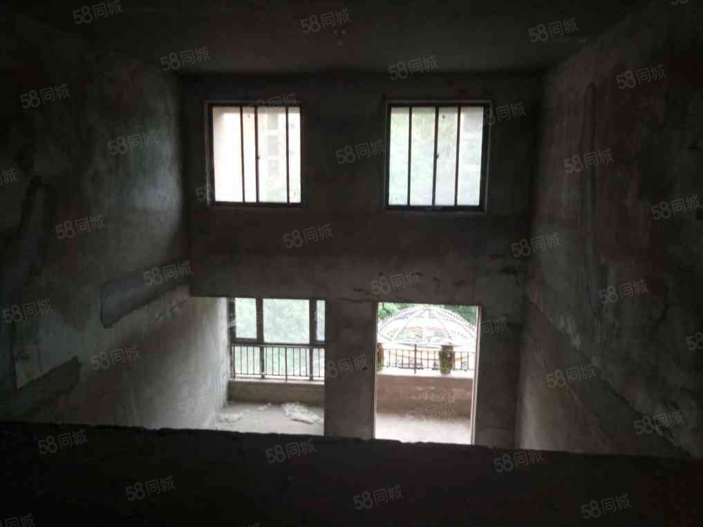 万达熙龙湾34复式,舒适户型,身份象征,采光充足,税满可贷