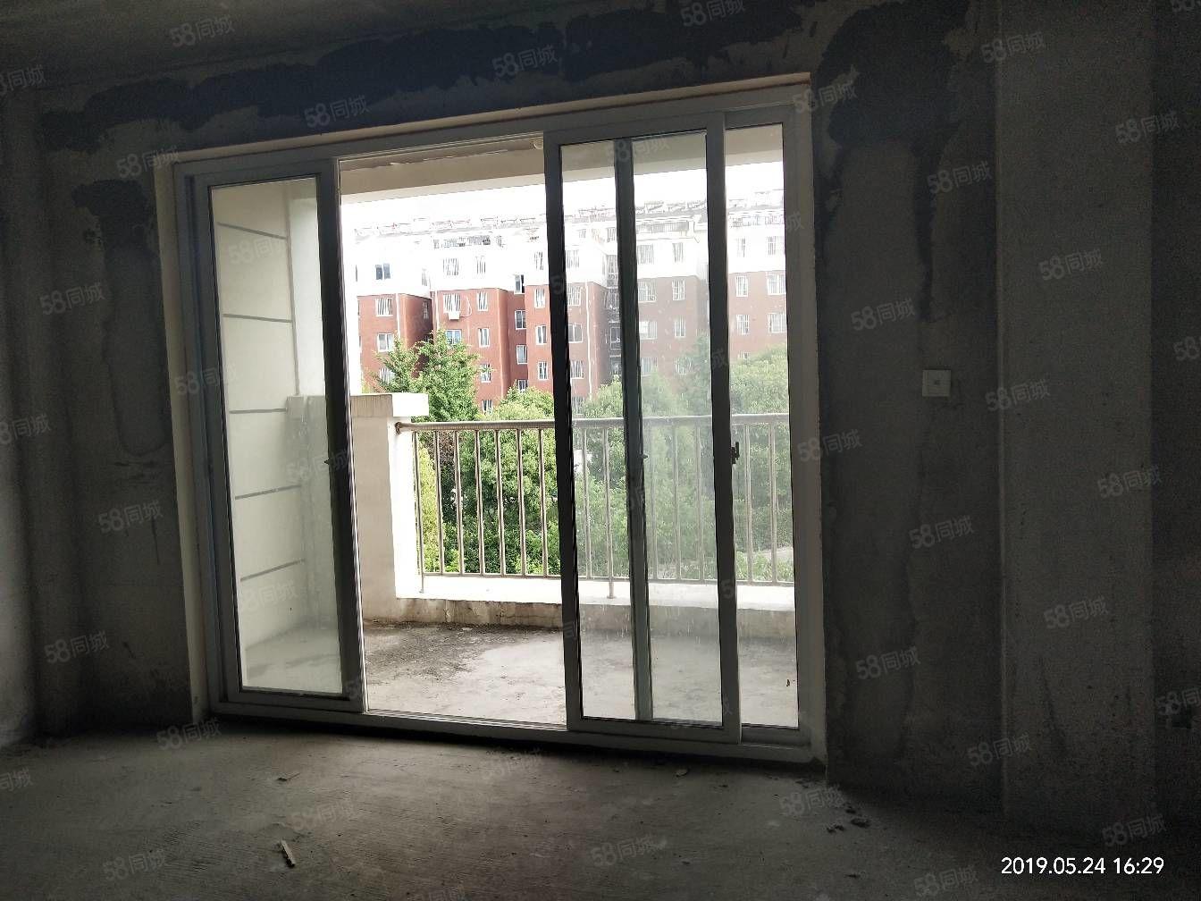 中黄城别墅复式3楼复4,5楼,毛坯五室两厅两卫实用240平