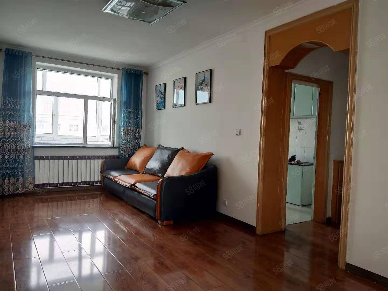 馨园小区正六楼不顶两室两厅两卫南北通透精装修相当于90多平