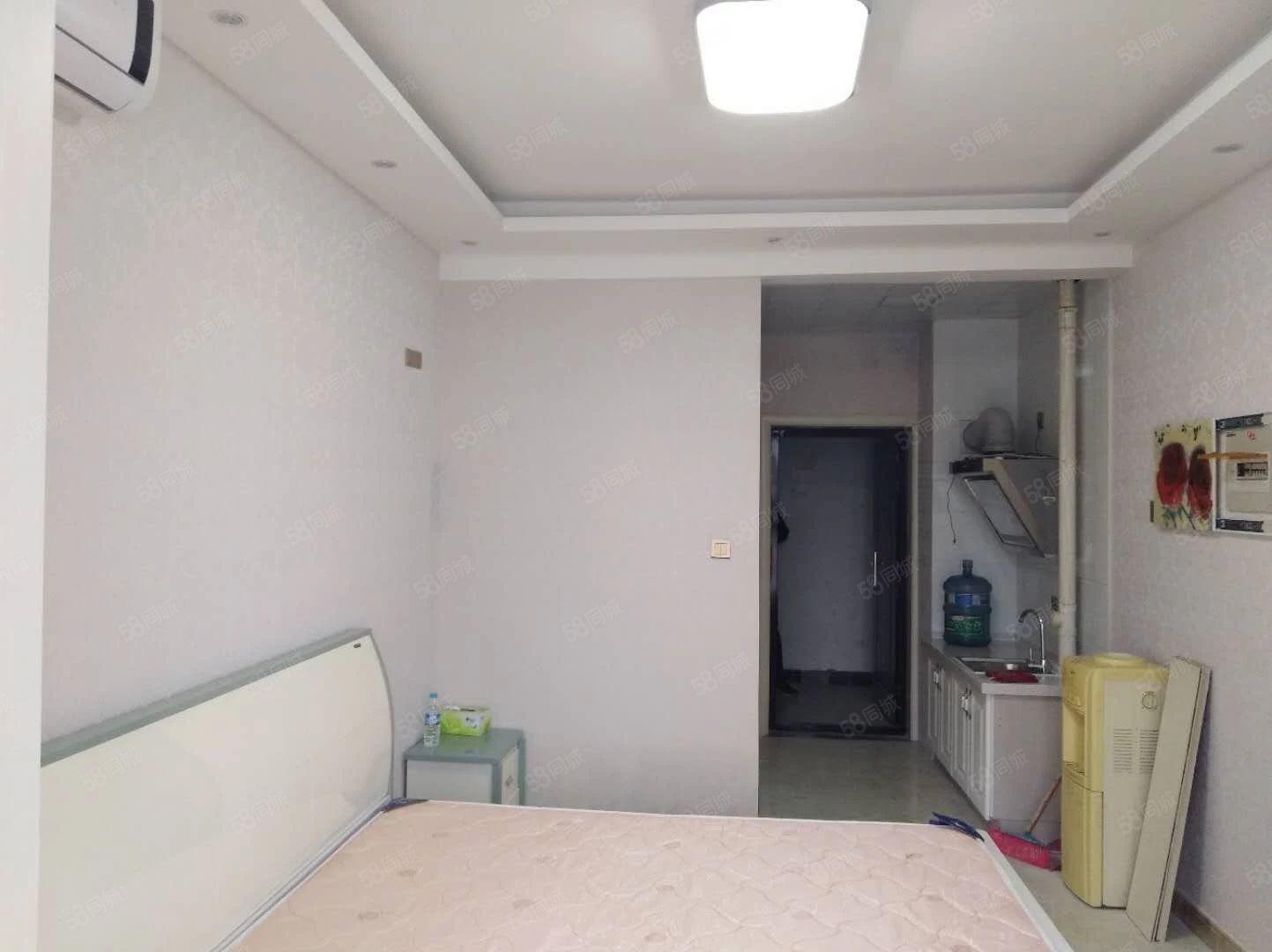 海燕鑫聚精装单身公寓家具家电齐全随时看房
