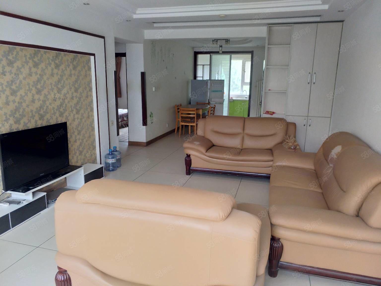 2楼馨和苑91平米两室落地窗熊猫户型随时看房