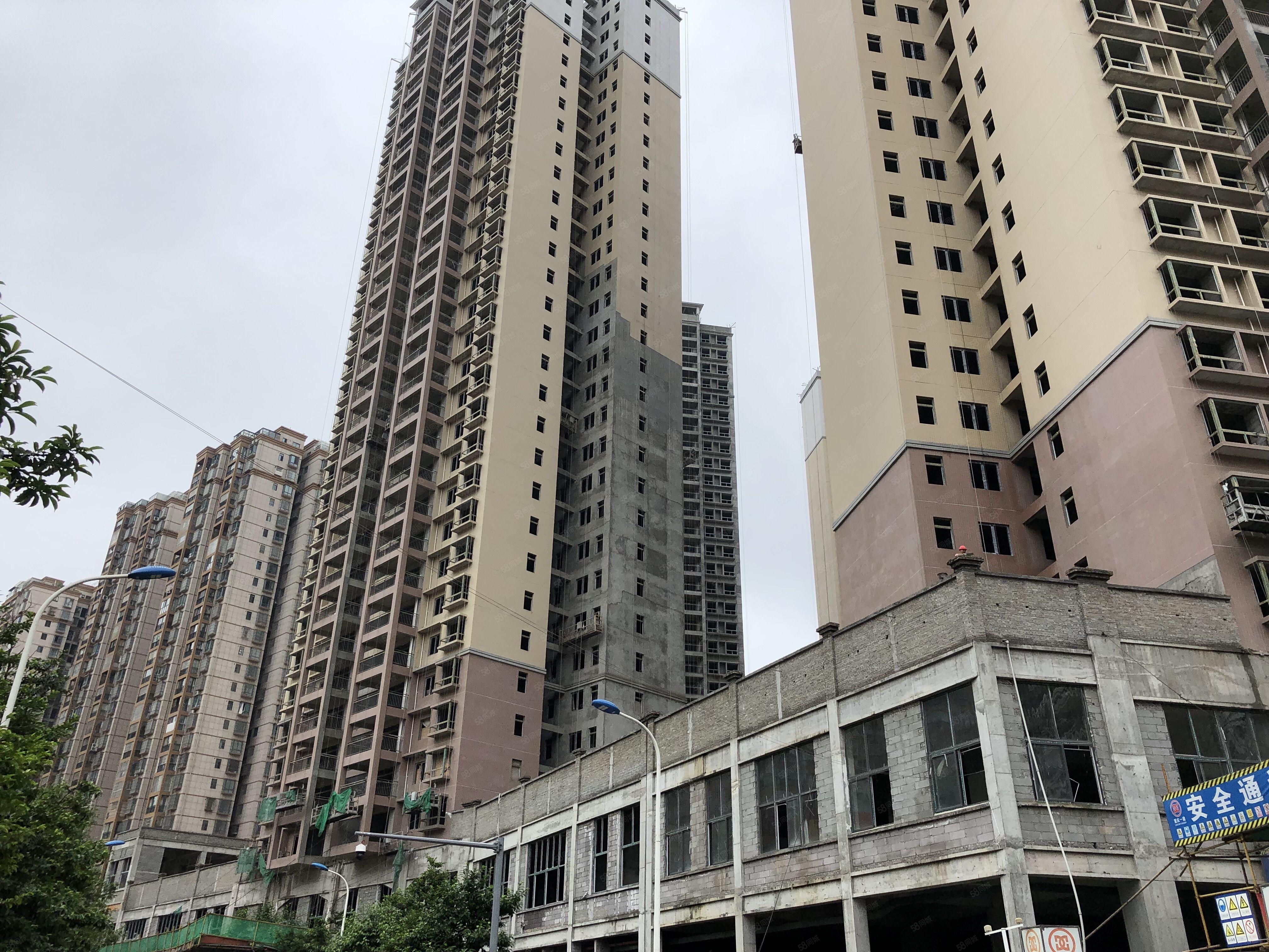 碧阳国际毛坯三室交易便捷可更名10月份交房可随时看房