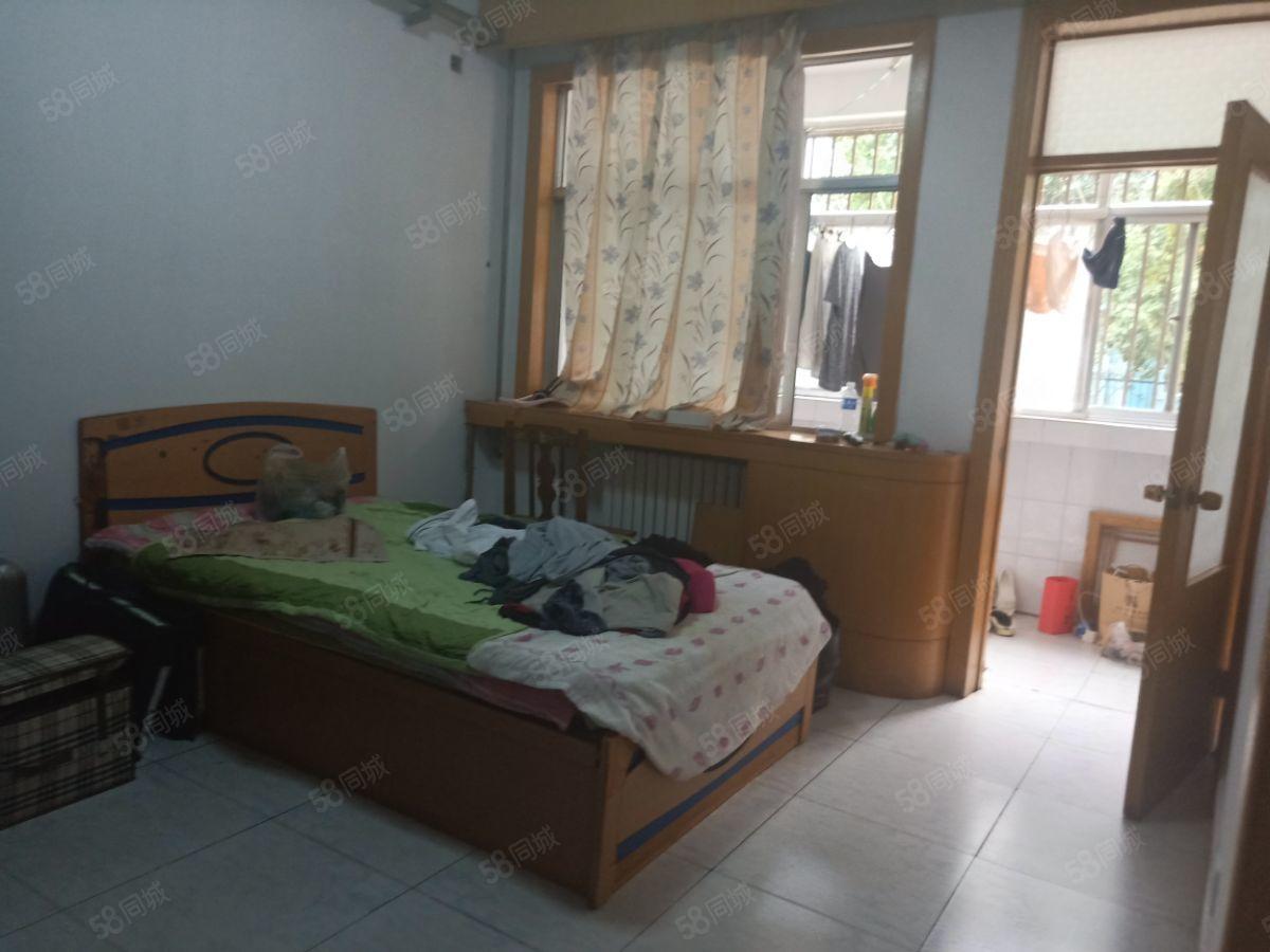 四平职业大学寝室图片