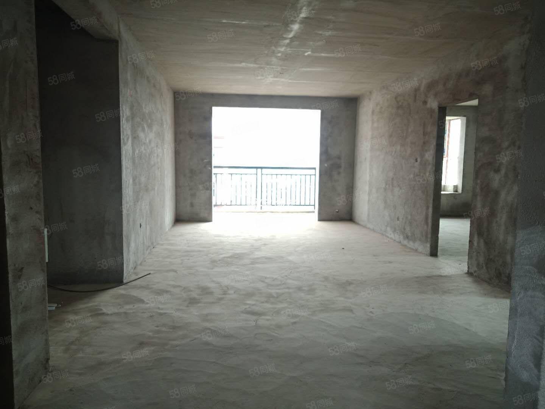 天柱世家,三室兩廳新空毛坯空中樓層視野廣闊!環境好!