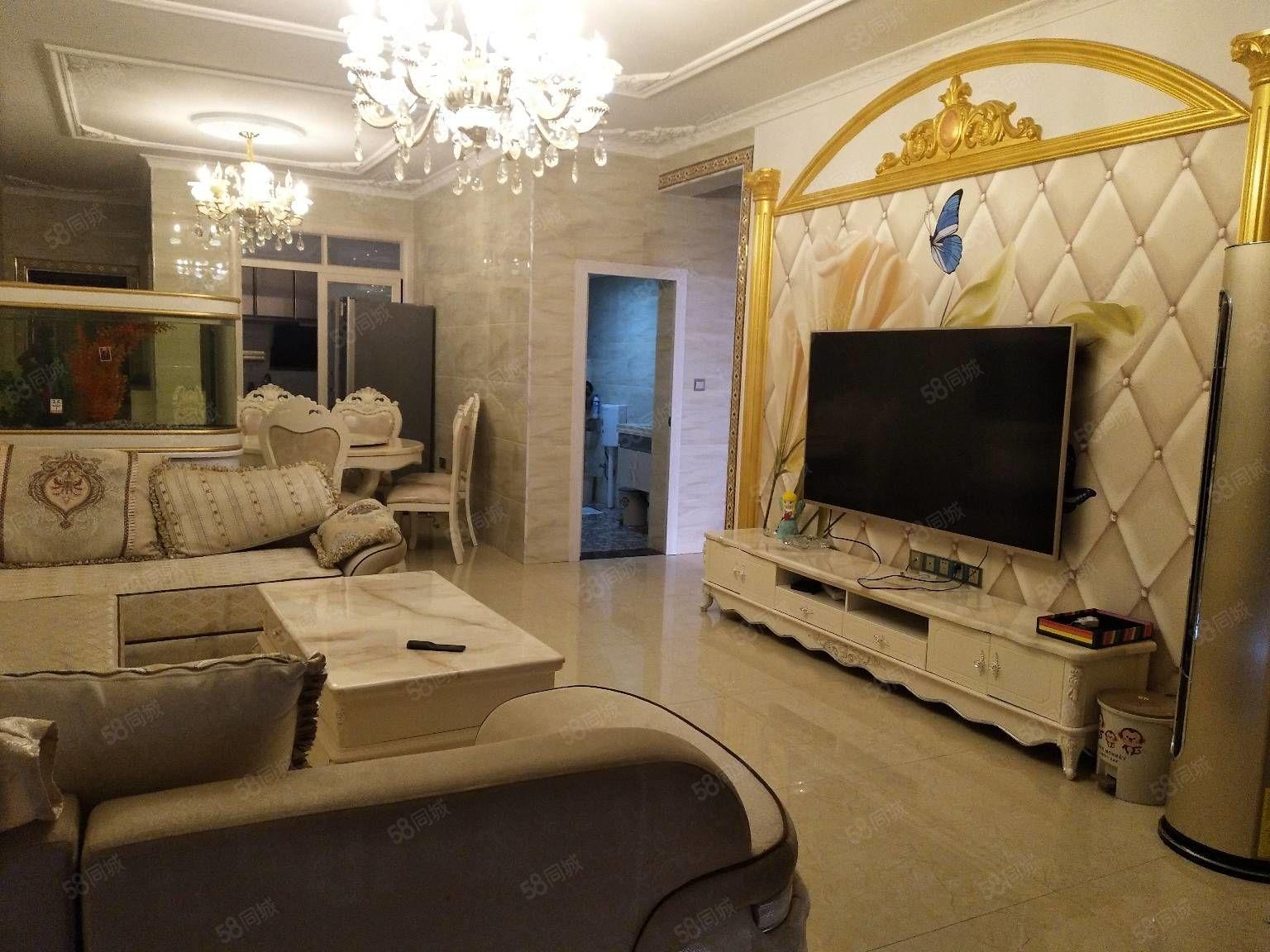 国际城电梯房6楼118平米3室2厅2卫家具家电齐全豪华装修