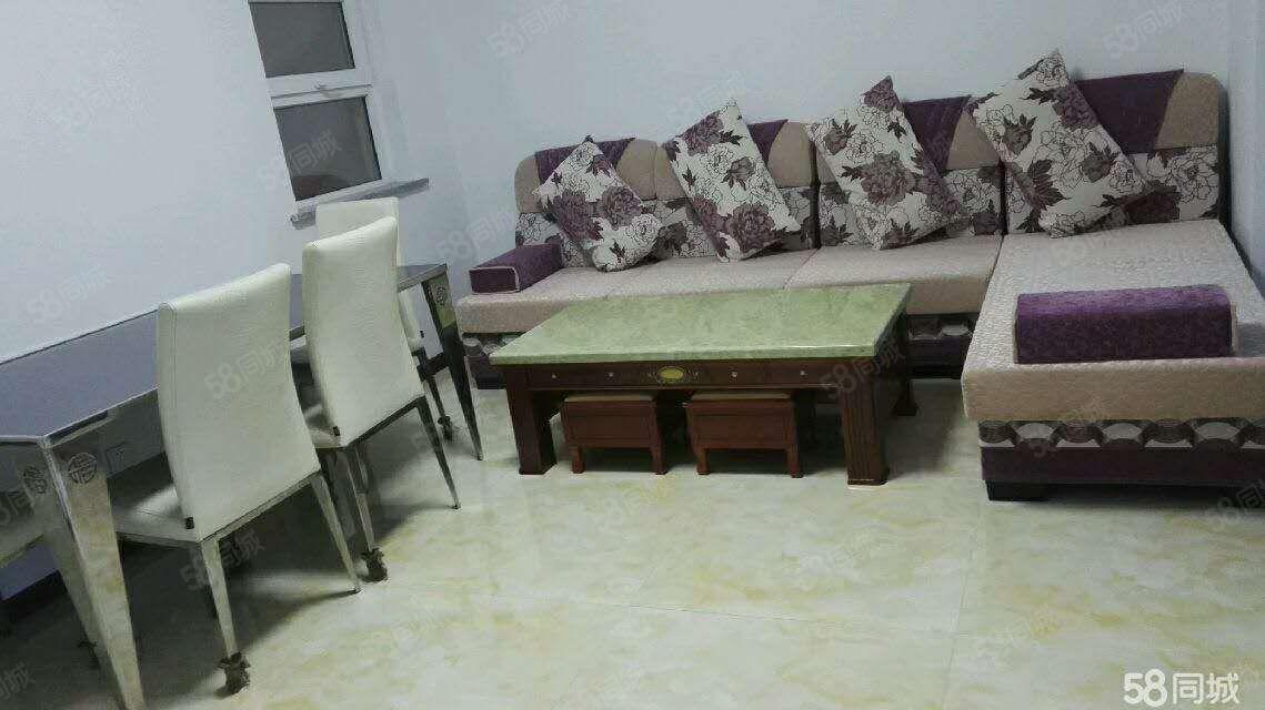 慕山小区有房出租,高层,一个月1000元,家具齐全,图片真实