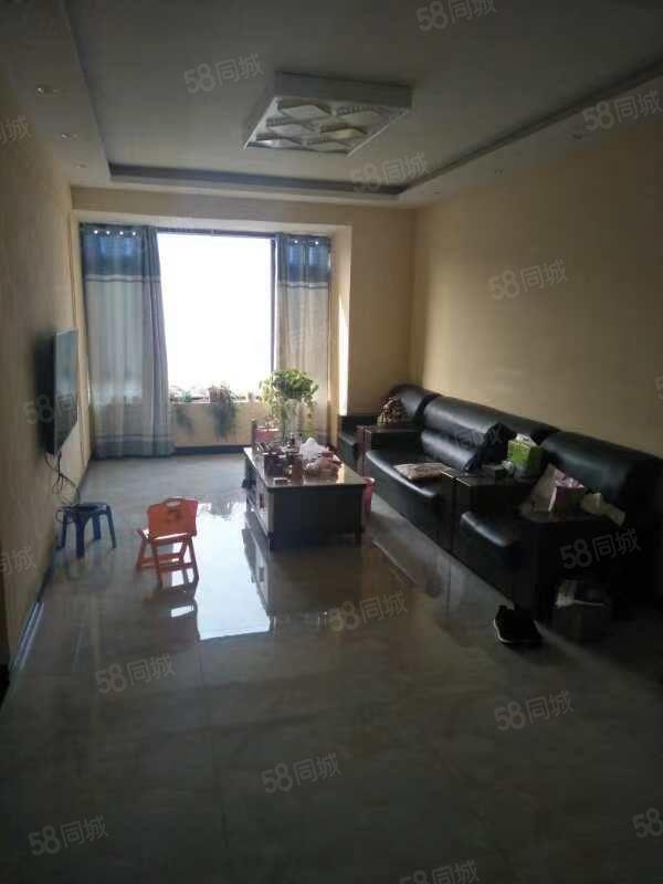 银基御府91平方三室精装修好楼层有证可贷款
