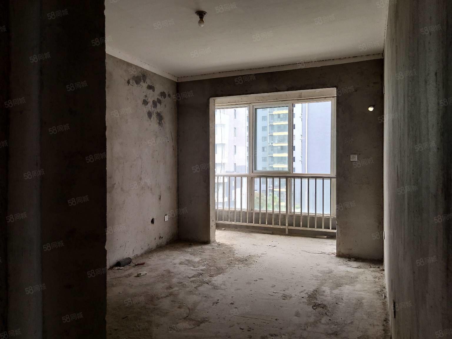 城南新区新一高西侧澜湾壹号80平22万,有几十套房源可选。