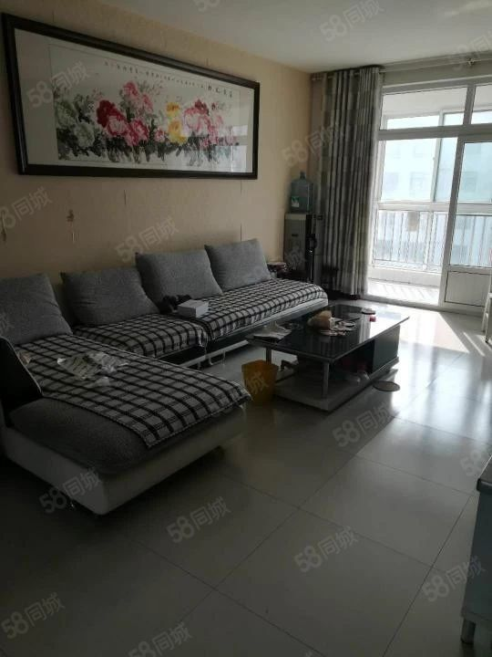 锦绣华庭131平3室朝阳简装修地上储86万