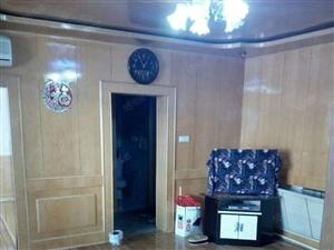 低价出售朝鲜三区2楼4400元/平繁华地段繁华