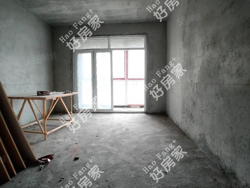 卡斯迪亚两室毛坯电梯房11楼朝南有钥匙看房方便可按揭