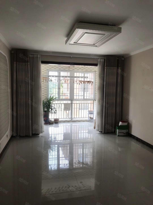 翡翠城精装两室出售,另外送储价格看中可谈