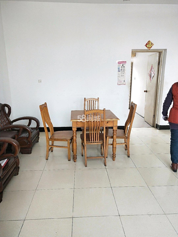 玉带河菜场附近3室1厅1卫