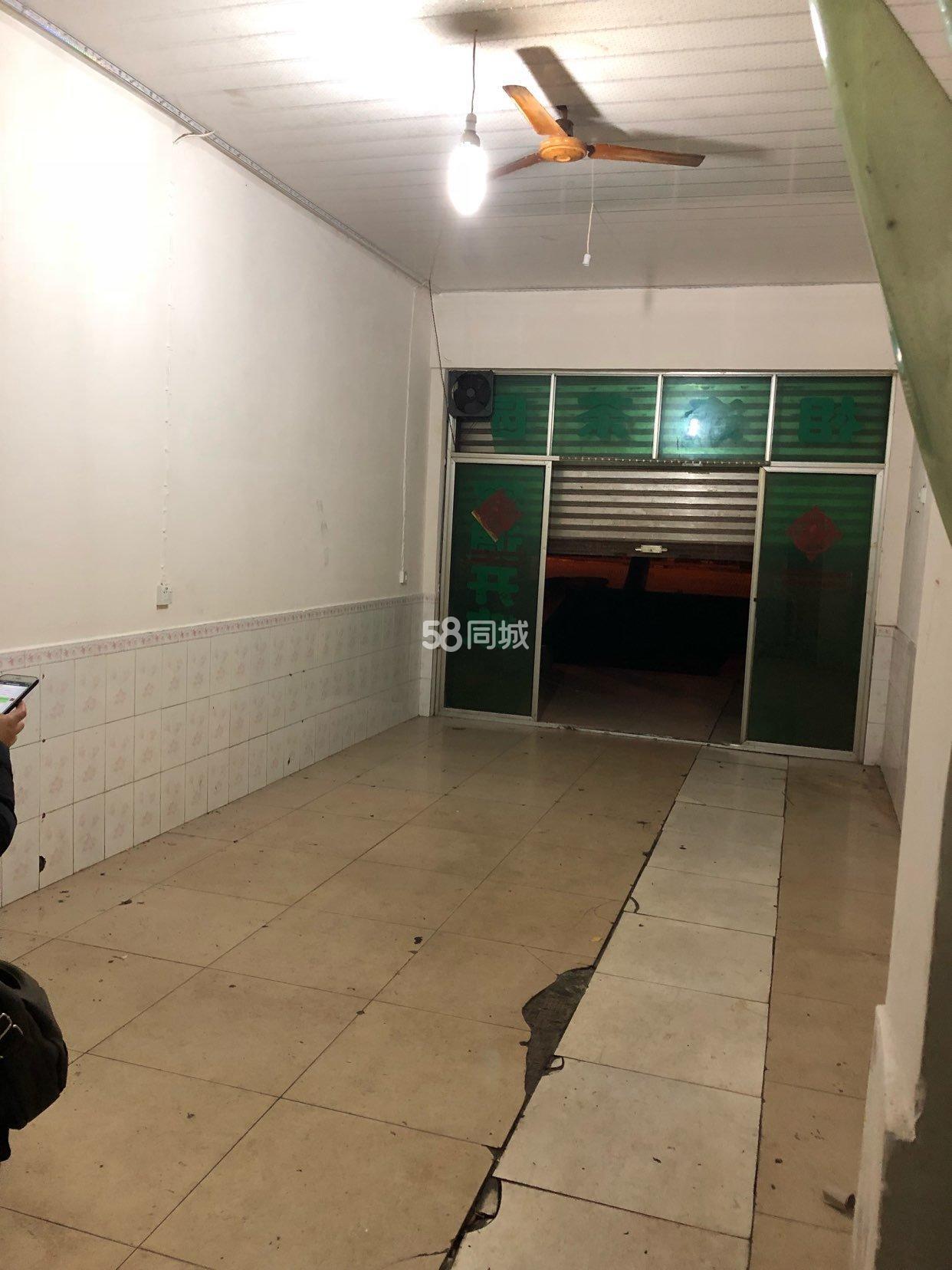 蓬溪奎阁广场197号1室1厅1卫