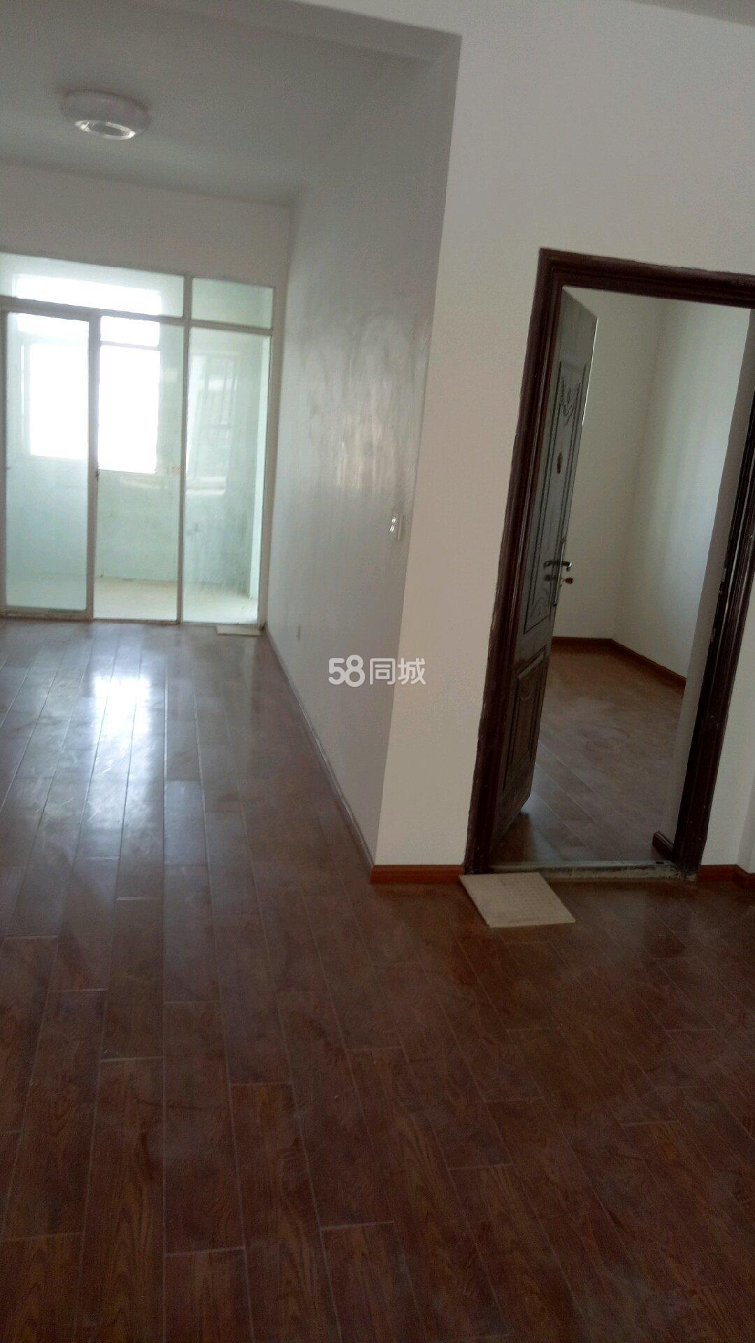 G326(秀河线)4室2厅1卫