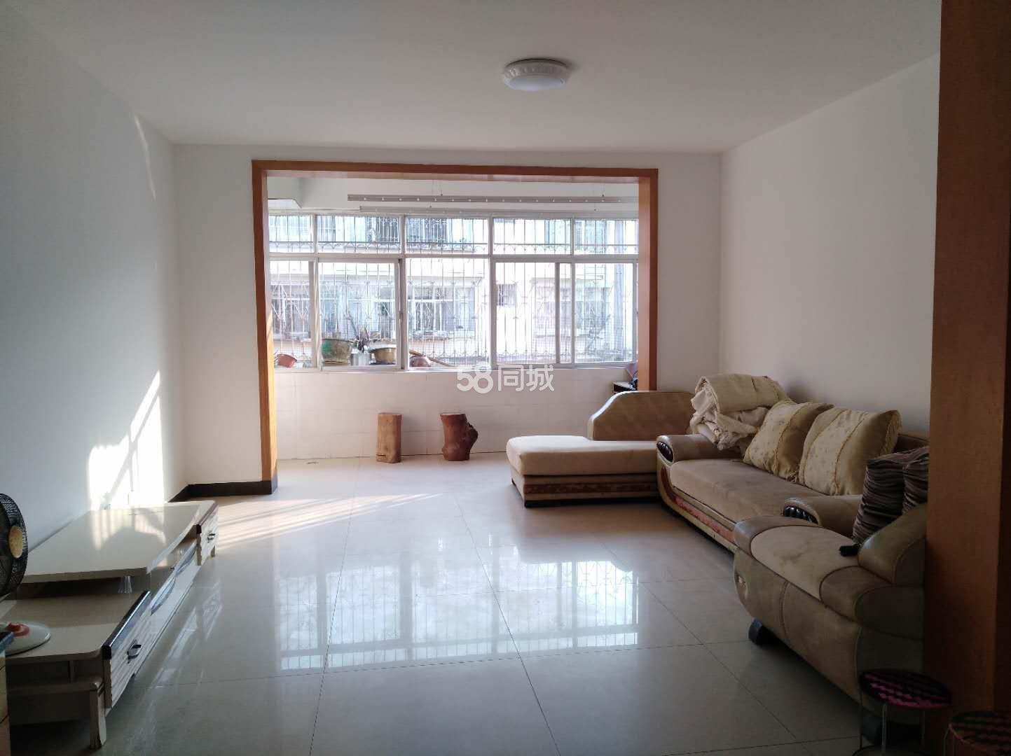 林苑小区茶马古镇南北中套房公寓4室2厅2卫