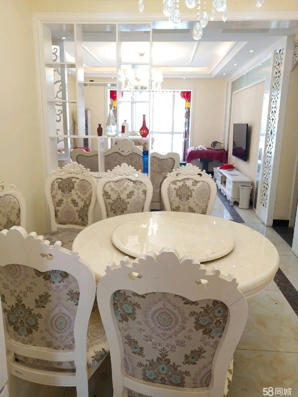 张湾小区3居室精装修房屋低价出售,有意者联系我看房