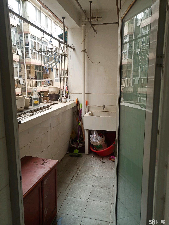 经典3居室出售,高家沟馨安小区