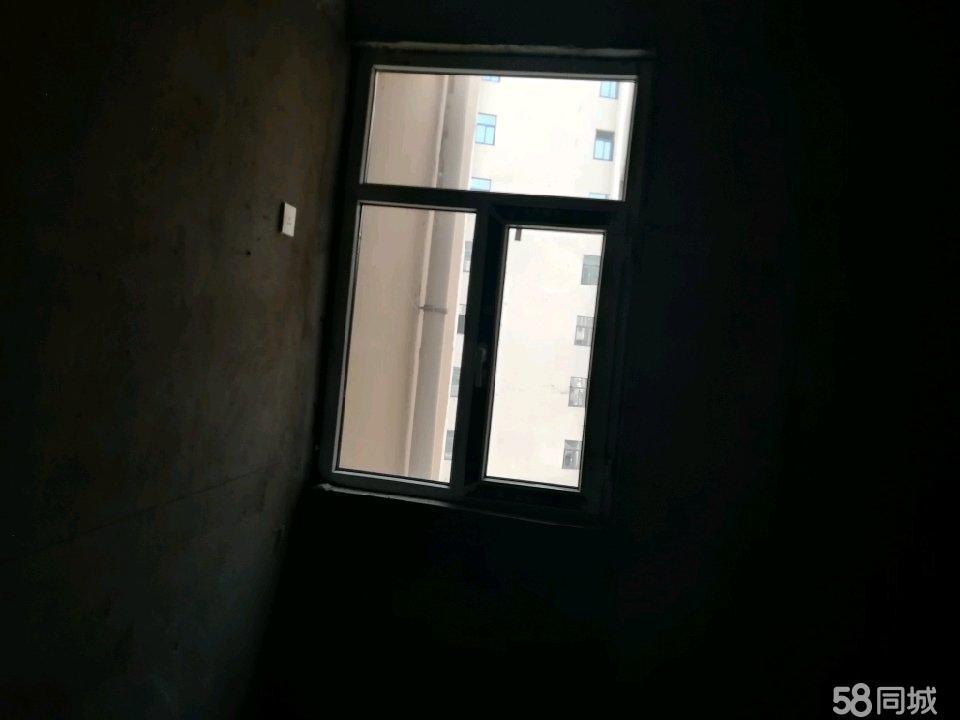 安塞(sai)白坪(ping)新�^安居房2室1�d1�l