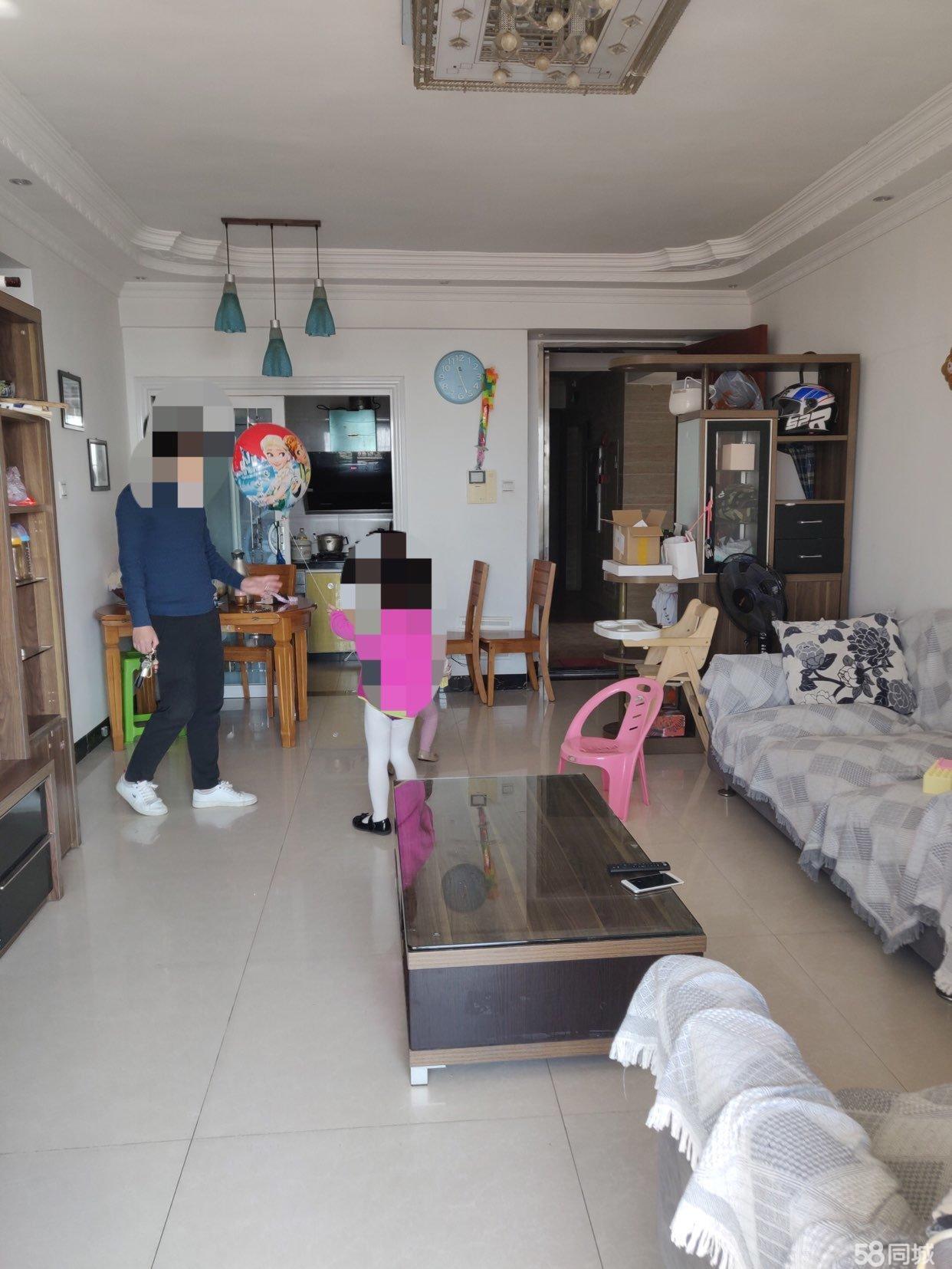 棕榈园3室2厅1卫2阳台