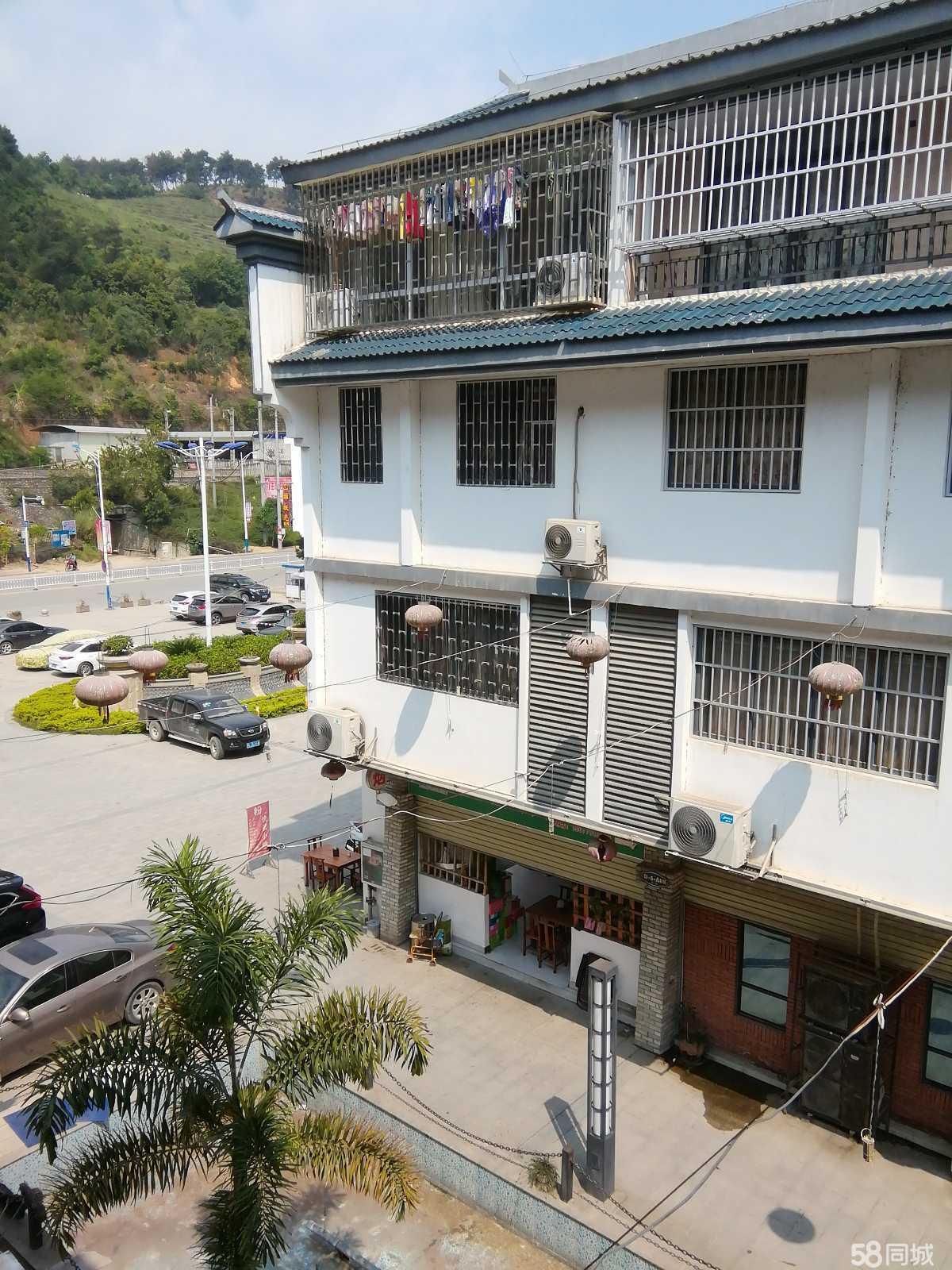 澳门网上投注平台金辰郡水街6室2厅8卫290平米