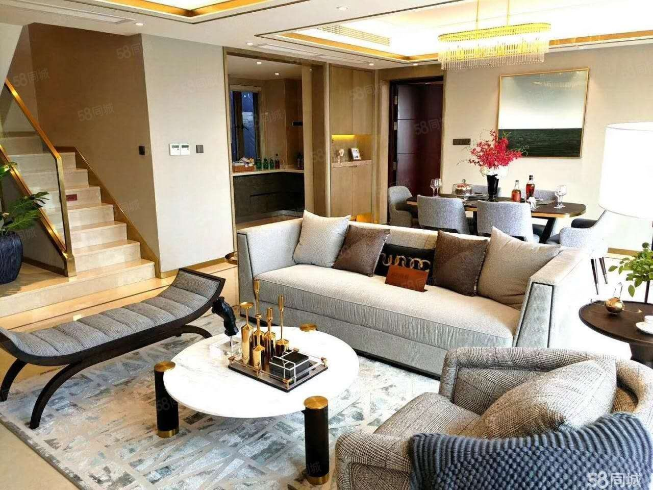 抢!东港loft125平送25平方有4卧室才卖200万