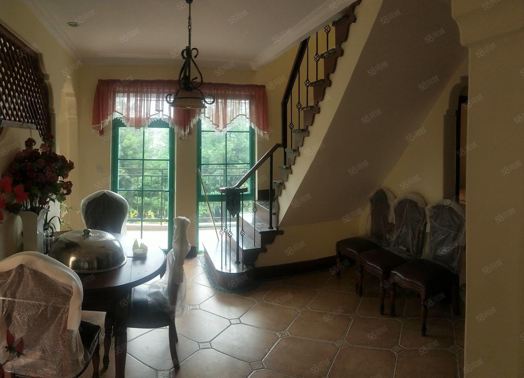 仙女镇芳草地雪岭仙山4室2厅2卫别墅带超大露台出售