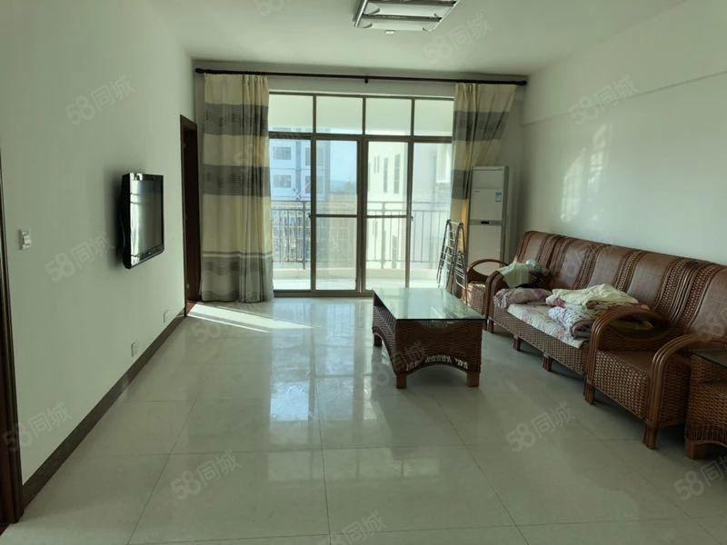 博鳌镇设备齐全三室两厅可短租一个月拎包入住