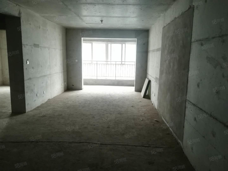 市中心繁华地段高端社区咸阳湖边边房两室毛坯电梯中层出售