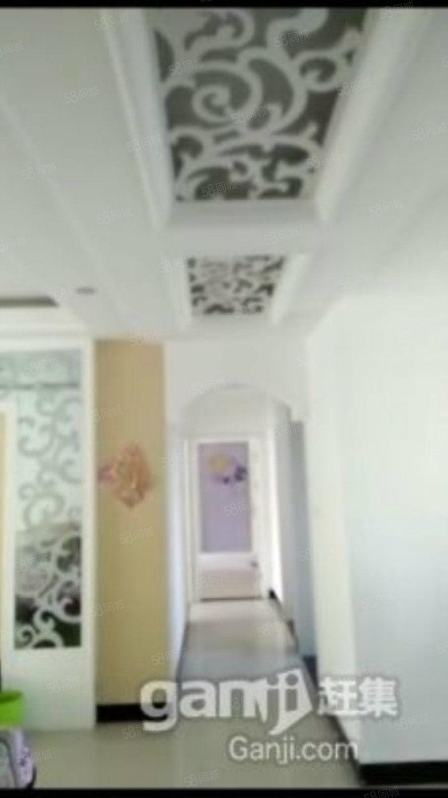 鳳山官邸低三室兩廳房子設計合理精裝拎包入住