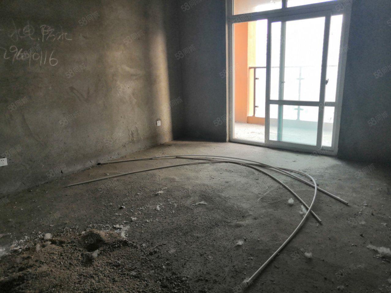 急售建业未来城经典毛坯大两房有证可分期楼层极好看方便