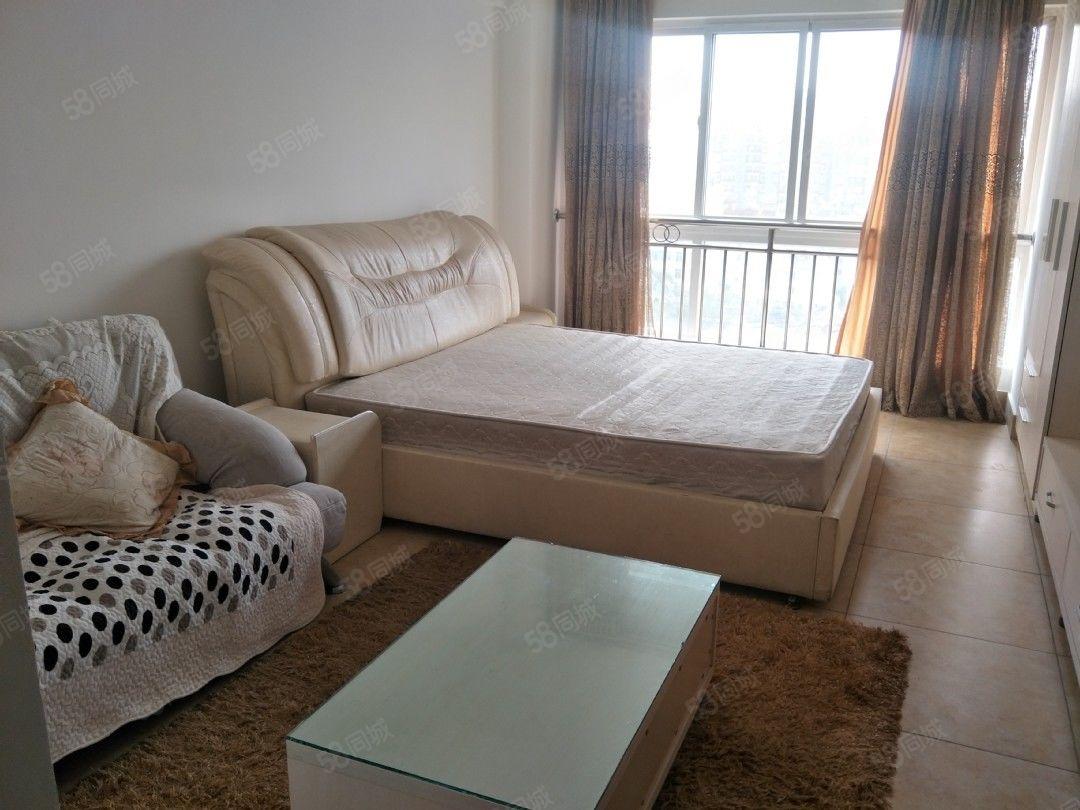 玉溪时代广场二期单身公寓豪装1房850元月39平