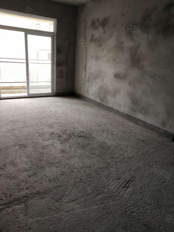 绿舟苑3室2厅2卫120平方好房房东急售!
