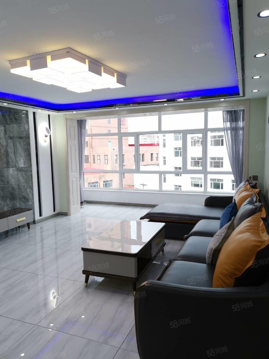 新福顺小区正五楼110米南明厅落地窗精装修领包入住适合婚房
