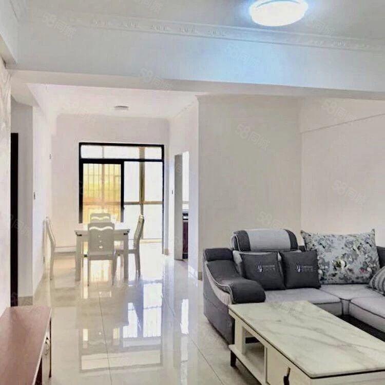 紫金佳苑2房2厅,新装修未入住。