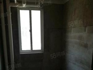 龙溪水岸多层2楼毛坯2房,新房出售