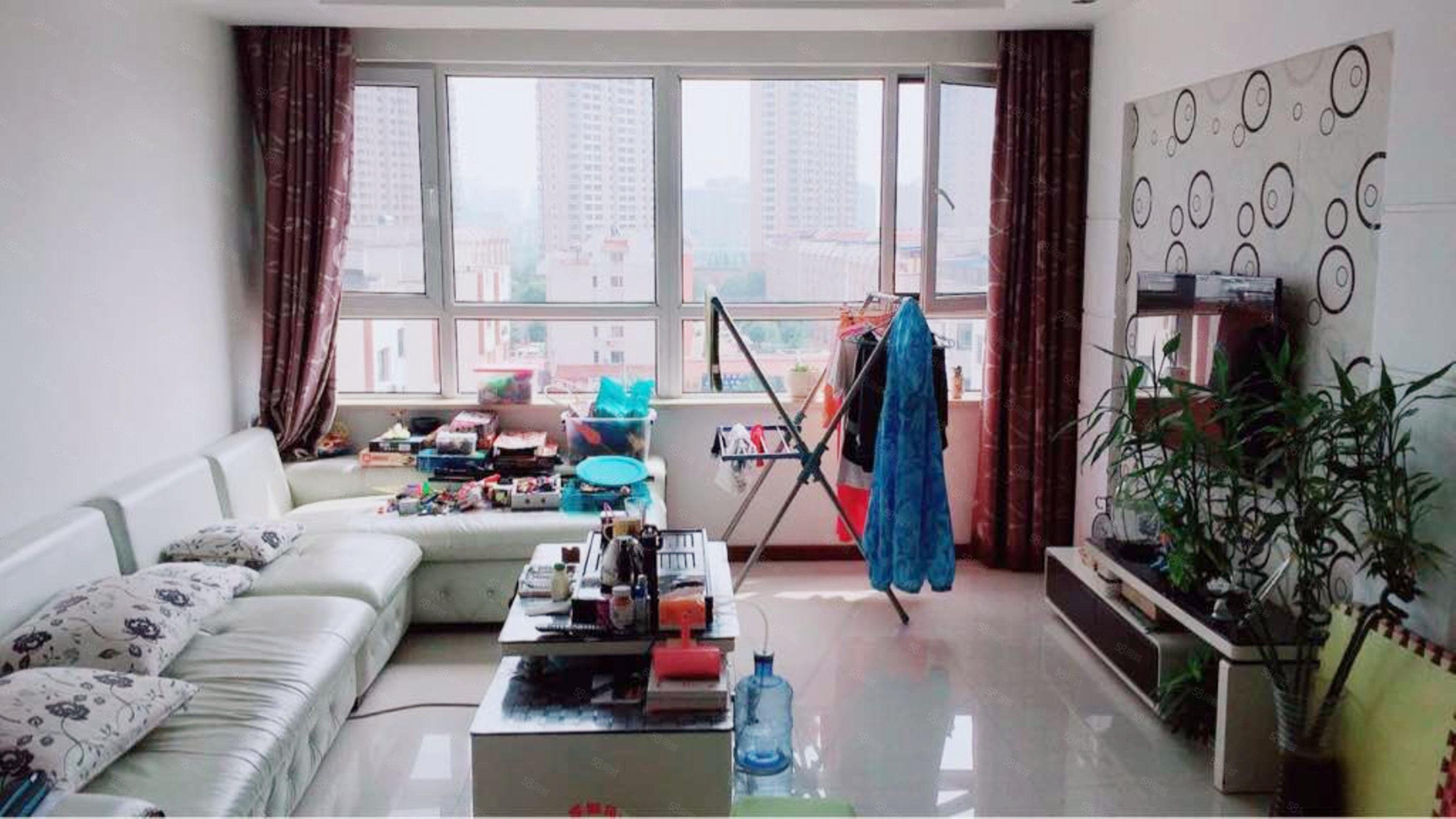 [合家]经纬嘉园102平3室精装修锦州乐可贷款送15平仓房