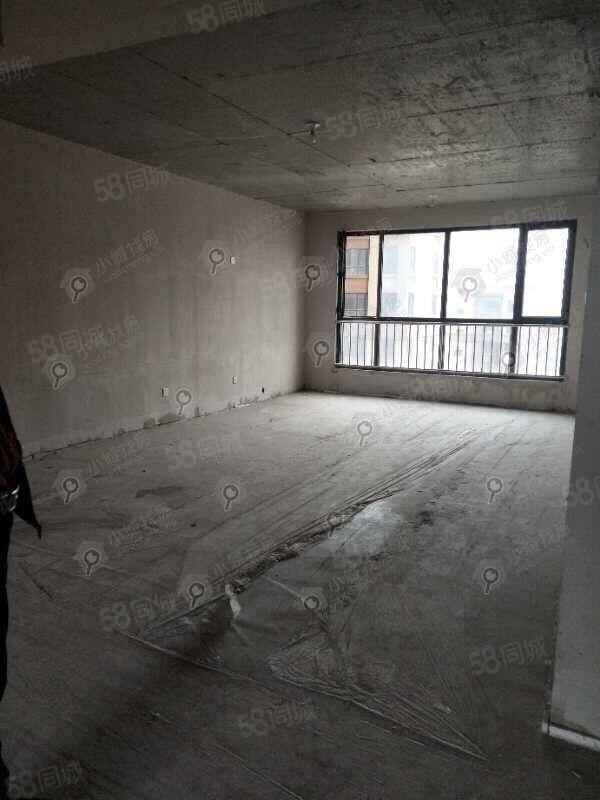 怡嘉名居通透三室準新房樓層好無遮擋毛坯