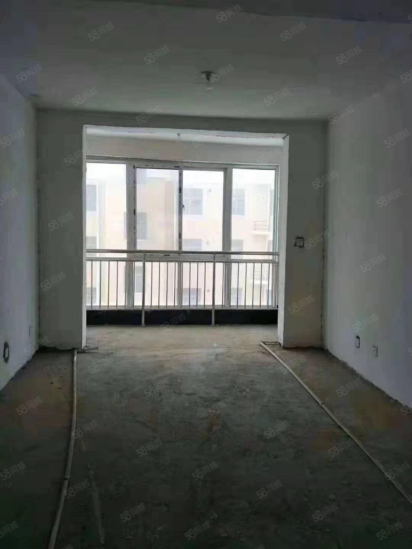 东方明珠3室套房双卧朝阳。双阳台面过户手续