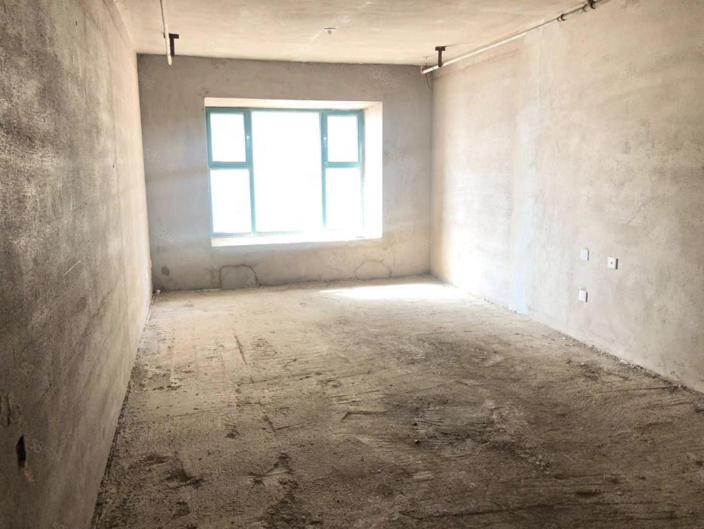 恒大御景湾公寓1室毛坯房南向可以看海无大税