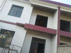 姚李镇,文化站,桃园小别墅房出售。