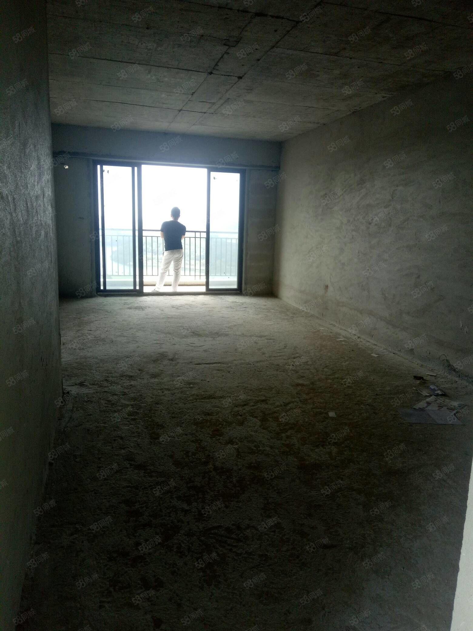 笋出汁!抢房低首期12万买电梯房阳东裕和轩靓楼层向南,证在手