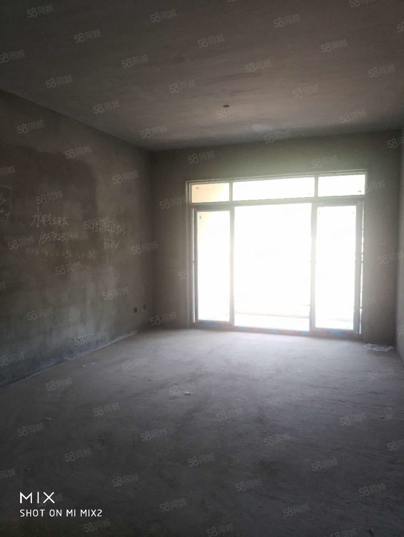 回风(长林嘉苑)现房成熟两居,权属清晰,即买即装修。